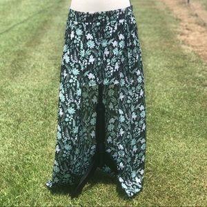 Kaari Blue Sassy Succulent Floral Cape Shorts - 12